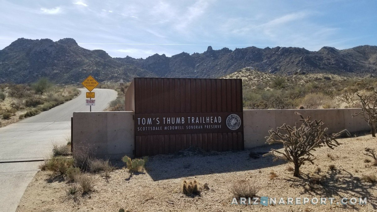 Tom's Thumb Trailhead Scottsdale Arizona hikes hiking dogs best horses