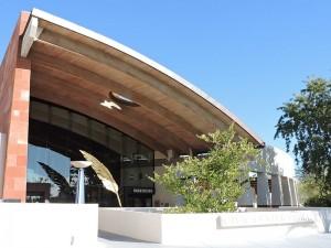 Civic_Center_Library_entrance,_Old_Town_Scottsdale_AZ