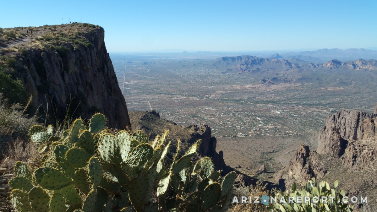 Lost Dutchman gold mine legend Superstition Mountains Flatiron trail hike