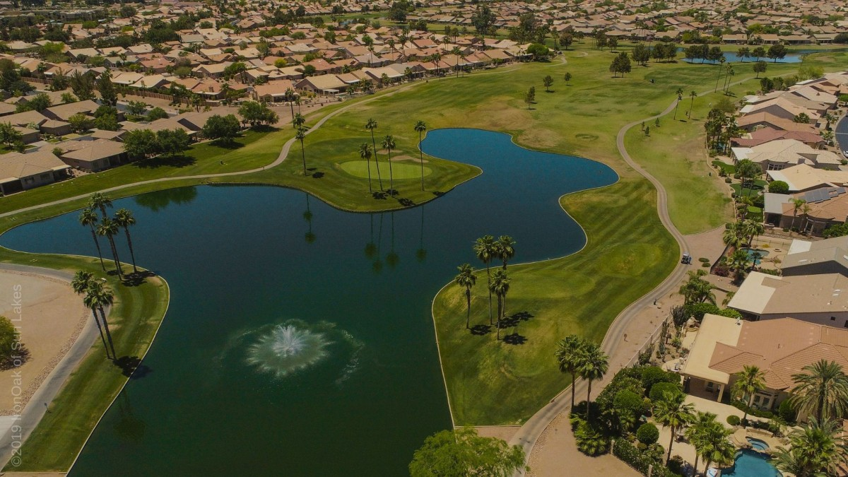 Sun Lakes, Arizona golf course and homes view